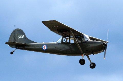 Cessnafabrikken begynte høsten 1949 utviklingen av et observasjonsfly av metall, basert på US Armys spesifikasjoner.