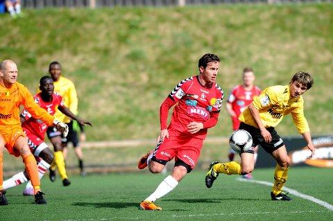 Søndag møter FKT Grorud på Tønsberg gressbane.
