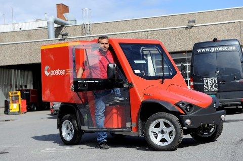 ELJEEP: Her er en av de elektriske bilene som Posten nå skal ta i bruk.