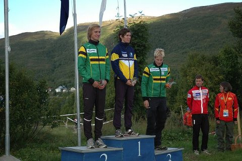 SØLVGUTT: Olav Johannes Deelstra fra Ås fikk NM-sølv på mellomdistansen bak Ulf Forseth Indgaard fra Frol. FOTO: KRISTEN TREEKREM