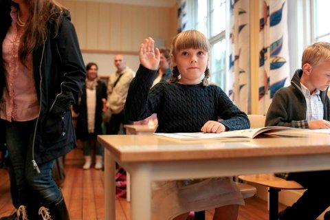 Ingrid Alexandra rakk opp hånden første skoledag på Jansløkka.