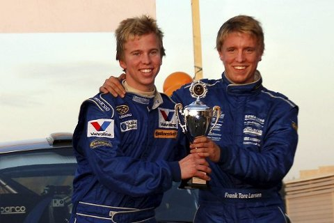 Frank Tore Larsen (t.h.) og Torstein Eriksen vant i helgen KMK-trofeet i rally i Sverige.