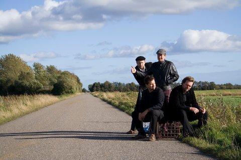 Beggars Blue er: Jan Edward/ gitar og vokal, Poul Rasmussen/ piano og orgel, Casper Bue/ bass og Jan Hvingel/ trommer.