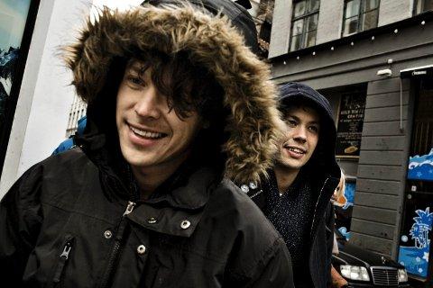 """Donkeyboy får gode anmeldelser for albumet """"Silver Moon"""" i riksavisene. Både Aftenposten og VG ruller terningen til en femmer."""
