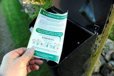 Mange i Sandefjord har fått en slik lapp i postkassa den siste tiden. Den er en forbedret utgave av den forrige, som hadde tekst på særdeles dårlig norsk.  Foto: Olaf Akselsen