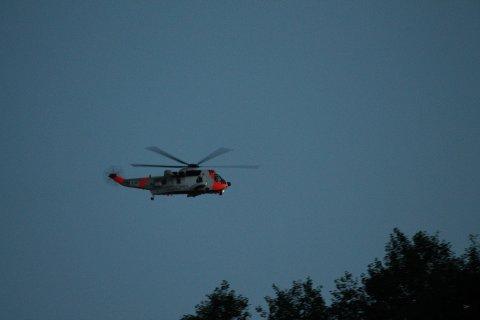 Et Sea King-helikopter er satt inn i søket etter den savnede kvinnen.