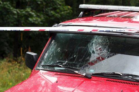 Venninnen som satt på, slo hodet i frontruta da bilen landet på den andre siden av veien.