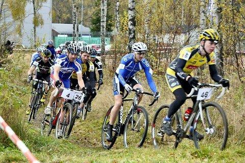 TERRENGRACER: Svelvik Sykleklubb har god erfaring og arrangere store ritt. Dette e er fra i fjor, hvor de arrangerte Norges første Norgescupritt i Cyclocross.