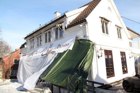 AVDUKNING: Tirsdag kveld vil Café Detapas bli avduket. FOTO: KIM VAN DER LINDEN