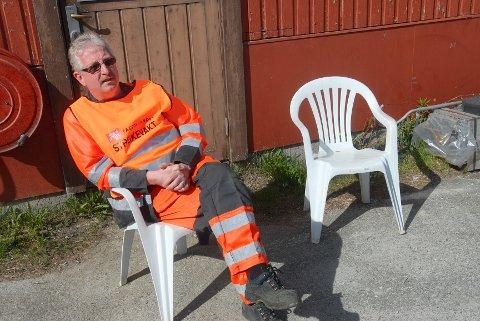 Jan Håkon Moen (bildet) er en av tre ved teknisk etat uteseksjonen i Tynset kommune, som er tatt ut i streik fra i dag.