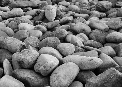 Det vil gå ca ti flere steinlass til pukkverket på lørdagene i sommer.