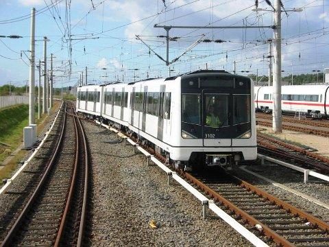 INVESTERER: Fylkeskommunen skal kjøpe inn 15 romslige Siemens-vogner til Kolsåsbanen. FOTO: OSLO SPORVEIER