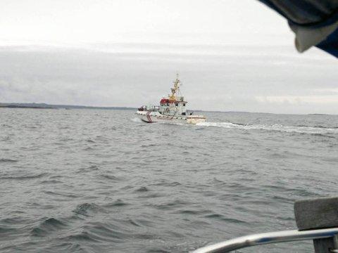 Redningsskøyta RS89 Ragni Berg er på vei til stedet. Foto: Terje Larsen