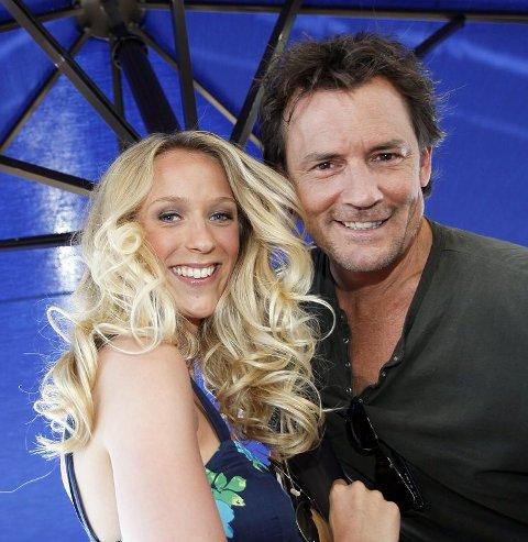 Katarina Flatland og Sturla Berg-Johansen er programledere på TV 2s sommerunderholdning, Sommerspillet. Foto: Scanpix
