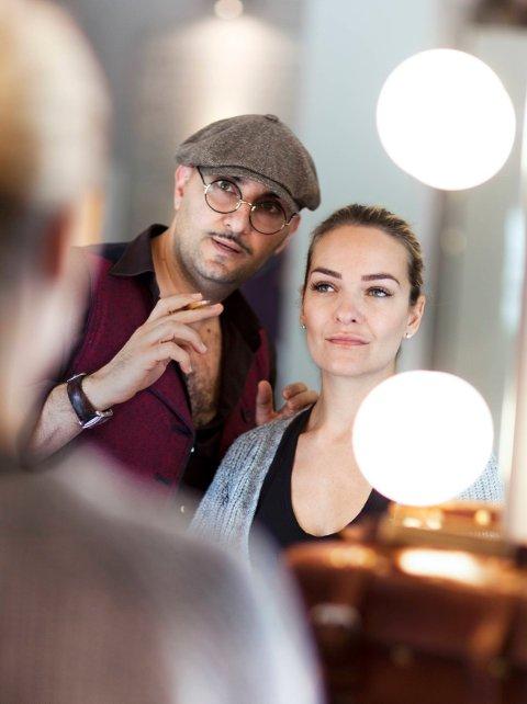 Fred Hamelten er kjendisenes favoritt og har derfor venteliste på tre år. Nå utdanner han stylister.
