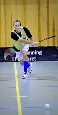 Da Geir Vidar Pedersen gjorde comeback i Slevik for halvannet år siden, hadde han et ønske om å være med på å ta både serie- og NM-gull. I kveld er han ett skritt nærmere «The double».