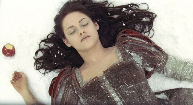 Snow White and the Huntsman: Med Kristen Stewart i hovedrollen.