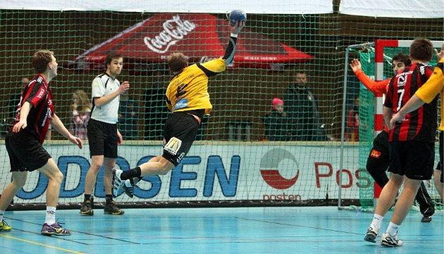 Kampen mellom HK Herulf Moss - ØIF Arendal endte med uavgjort, til tross for at bortelaget på det meste ledet med syv mål. Joakim Patriksson.