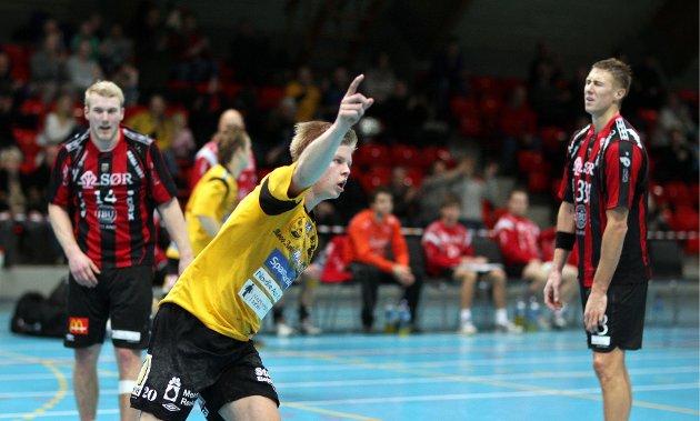 Kampen mellom HK Herulf Moss - ØIF Arendal endte med uavgjort, til tross for at bortelaget på det meste ledet med syv mål. Stian Gabrielsen.