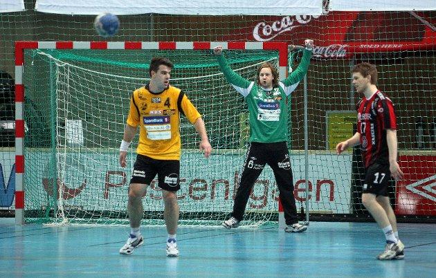 Kampen mellom HK Herulf Moss - ØIF Arendal endte med uavgjort, til tross for at bortelaget på det meste ledet med syv mål. Jonathan Averstedt.