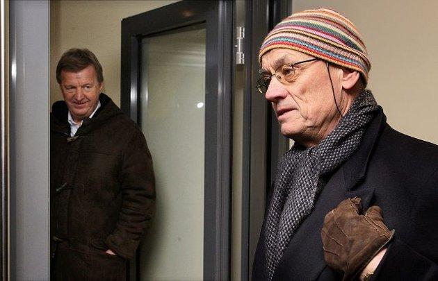 HØYT PRESS: Arenaeier Kjell Chr. Ulrichsen (nærmest) og styreleder Diderik B. Schnitler forsøker å finansiere en akkordløsning gjennom en større refinansiering av hele Stabæk Holding-konsernet.