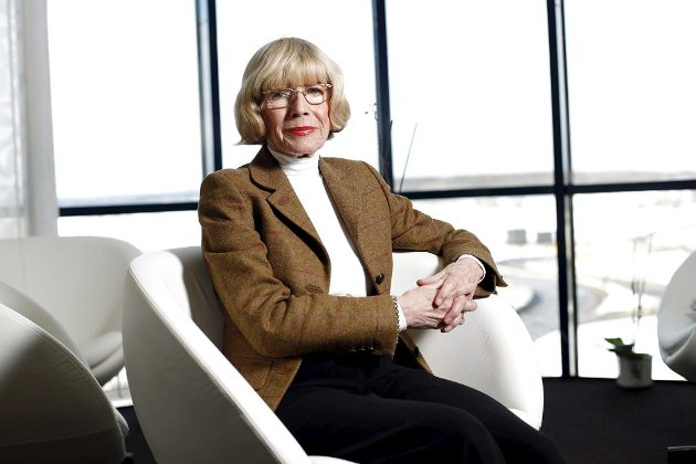 FULL KONTROLL: Fylkesmann Mona Røkke har full oversikt over alle avdelingene ved embetet. Det koster i form av sene arbeidstimer og helgearbeid. Som pensjonist satser hun på å fortsatt ha en viss dagsorden.