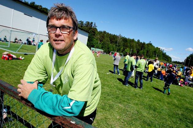 Larkollen cup  Turneringsleder Frank Larsen kunne konstatere at Larkollen Cup gikk på skinner.