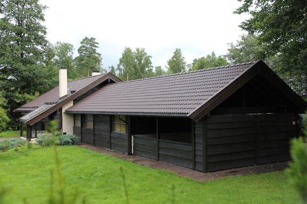 Eneboligen i Vesthellinga på Nesøya ble solgt for 10.700.000 kroner i juli. Det ga topp 7 på listen.