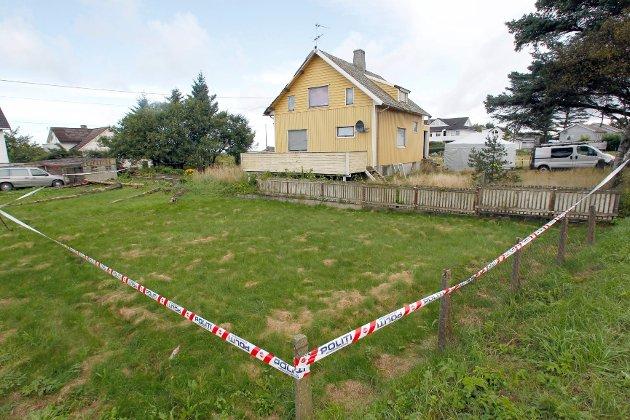 Det var i dette huset at den 44 år gamle kvinnen ble funnet død tirsdag formiddag.
