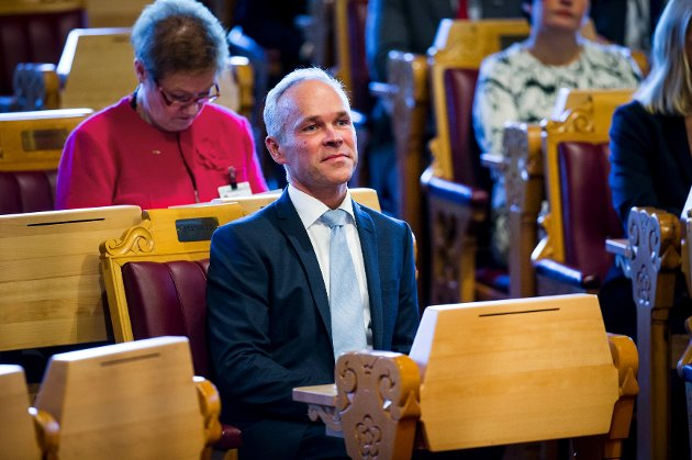 Jan Tore Sanner, kommunalminister, vil ikke garantere for arkivbygg på Tynset.