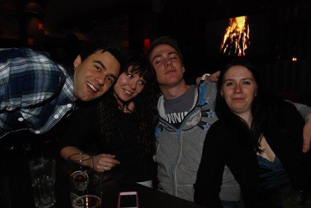 André, Silje, Gaute og Siri har vært på innflytningsfest. André er fra Bergen og mener at været her i byen er sååå ekstremt dårlig!
