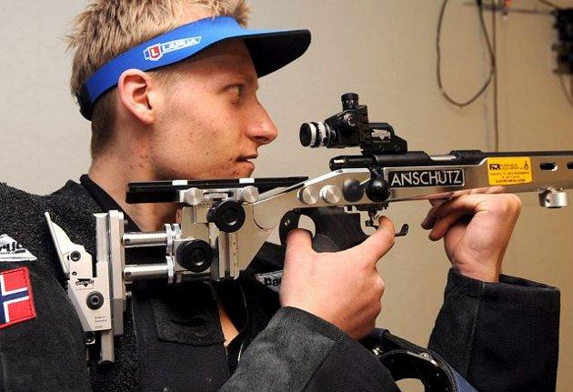 Kim Andre Lund slo flere OL-deltakere i riflestevnet i Århus i helgen. FOTO: OLE JOHN HOSTVEDT