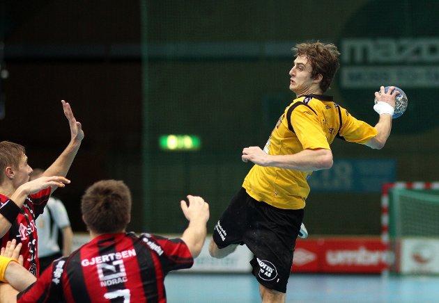 Kampen mellom HK Herulf Moss - ØIF Arendal endte med uavgjort, til tross for at bortelaget på det meste ledet med syv mål. Ronalds Putans.