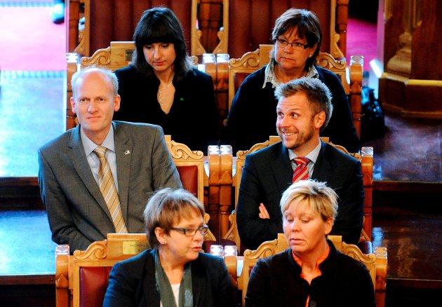 Anders Werp (til høyre) og Torgeir Micaelsen er uenige om døgnåpne barnehager.