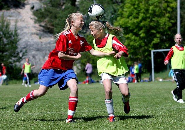 Larkollen cup  Ekholts Emma Bjørnstad i aksjon mot Kongsvinger.