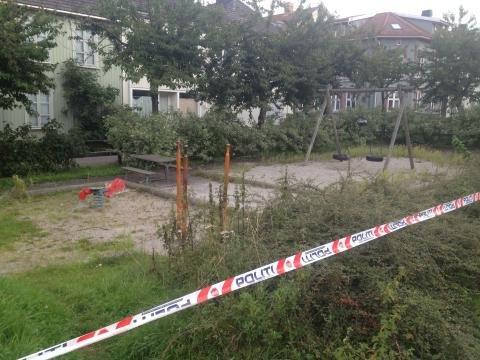 På denne lekeplassen gjorde politiet undersøkelser torsdag.