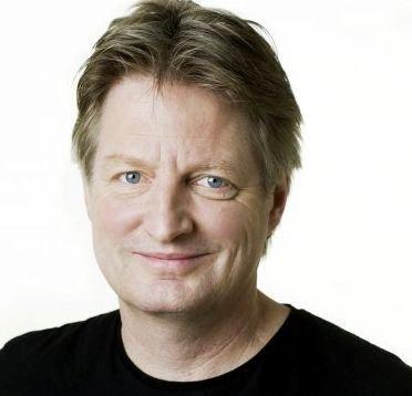 INNRØMMELSER: Knut Gørvell fra Cappelen Damm sier de har sett mot Kongsberg for å få ideer til sin nystartede Krimfestivalen.