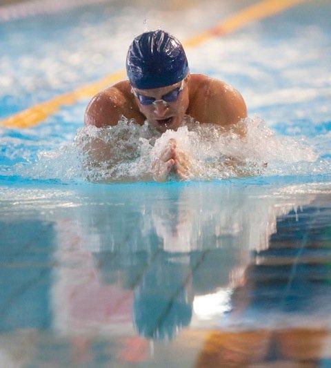 GULL: Aleksander Hetland tok gull på 50 meter bryst.
