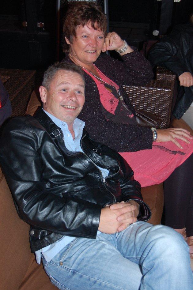 "På Brygga Bar: Lars Maaren og Bente ""mamma"" Trevland."