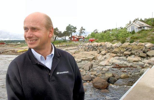 Eiendomsmegler Tore Solberg fra Sandefjord sier han gjerne skulle sett at hytta på Folehavna hadde gått til turistforeningen.
