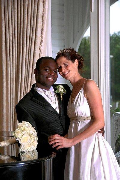 Hanne Veerbeek og Brian West giftet seg i Onsøy kirke 6. september.