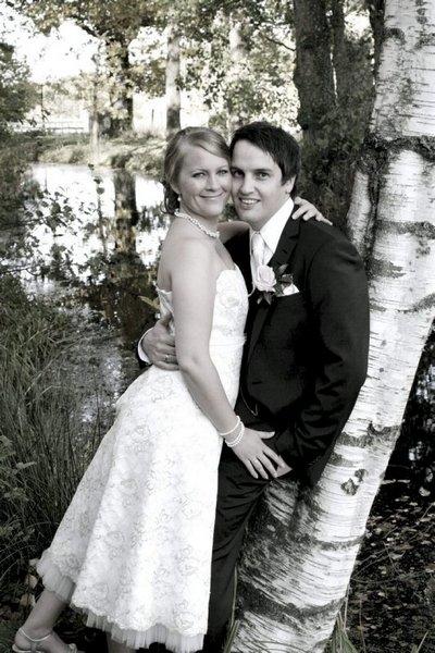 Vi giftet oss på niårsdagen vår, 11. oktober, på nydelige Elingaard! Janne Jarsletta-Treimo og Snorre Treimo.