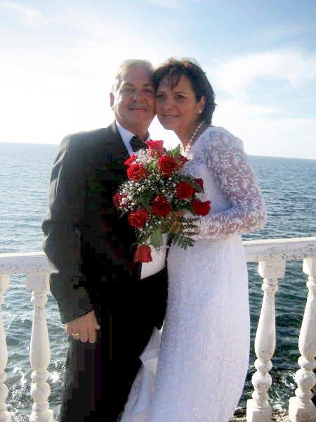 Jannie Lysgaard Andreassen og Stig Einar Andersen giftet seg i sjømannskirken på Gran Canaria 14. november.