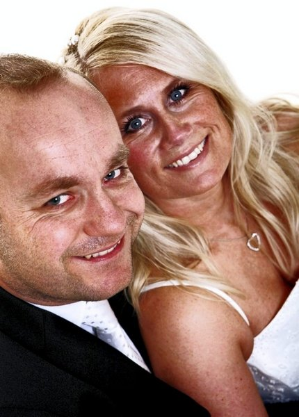 Monica og Pål Espen Groth ble viet i Oslo tinghus 12. september.          FOTO: FAMEFOTOGRAFENE
