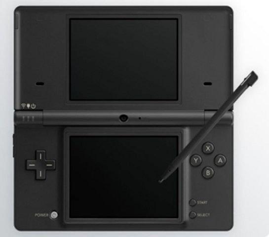 NINTENDO DS. En håndholdt spillkonsoll fra den japanske megasuksessen Nintendo. Neste år kommer også Flåklypa til denne konsollen.