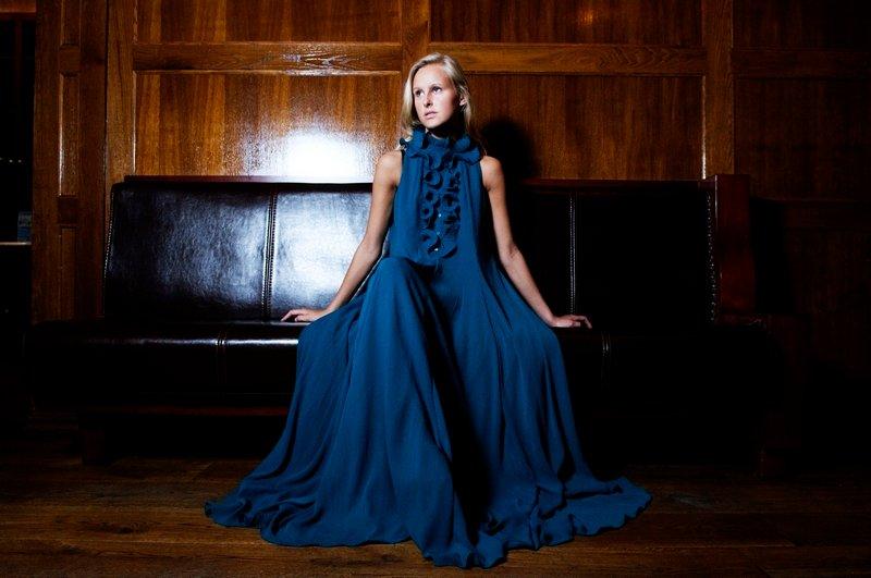 Hvis du skal være fin i høst bør du satse på det feminine og elegante som for eksempel denne kjolen fra H&M til kroner 798.