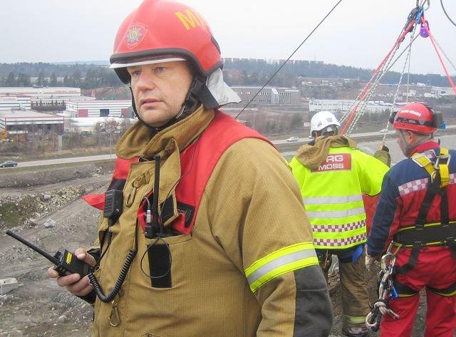 Bjørn Ove Pedersen var utrykningsleder under brannen som stengte Rådhusbroen. Han karakteriserer brannen som svært alvorlig det første kvarteret.