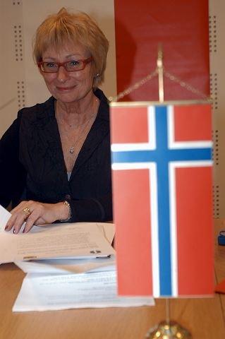 INGEN SOVENDE AVTALE: Ordfører Lise Wiik er opptatt av at denne samarbeidsavtalen ikke skal være en sovende avtale, og at konkrete ting vil følge i tiden framover