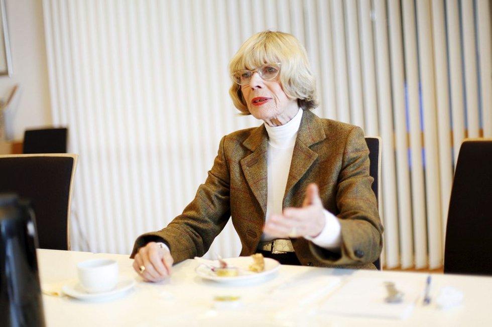 FERIEMINNER: Mona Røkke har hatt et forhold til Vestfold siden hun ferierte her som barn. De siste 20 årene har hun bodd i fylket.