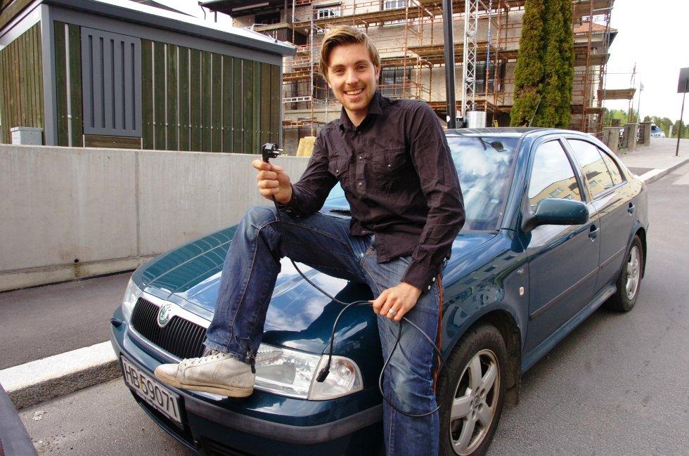 – JA TIL STRØM: Martin Løken i Elverum Venstre vil elektrifisere bilparken i kommunen. I første omgang vil han ha deler av hjemmesykepleien over på strøm.